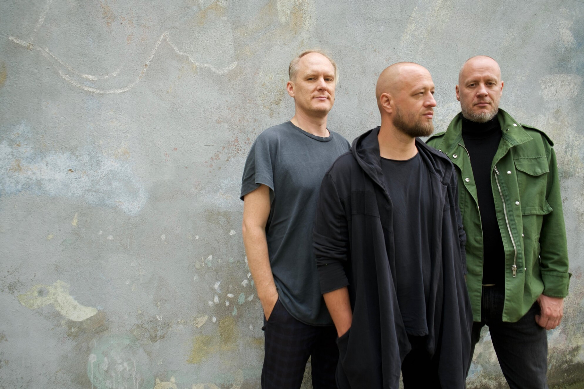 """Grupa """"Pienvedēja Piedzīvojumi"""" dodas Jāņa Žildes grāmatas """"Trīs no Sabiles"""" atvēršanas koncertos"""